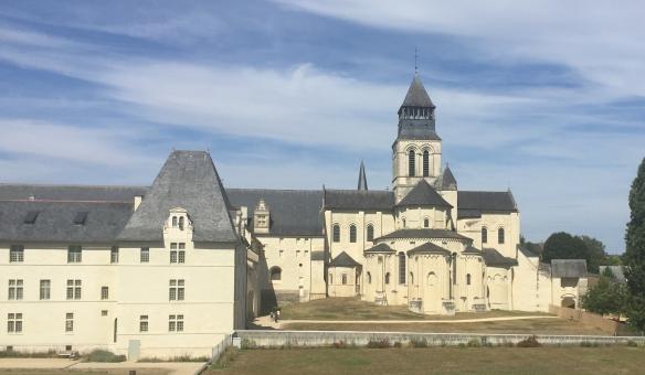 fontevraude-abbey-2.jpg